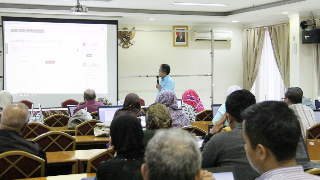 Workshop Pengembangan Master Tuton FKIP-UT